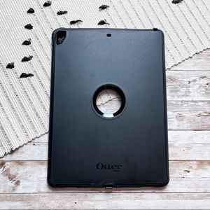 OtterBox Defender Series iPad Air Pro Case Black